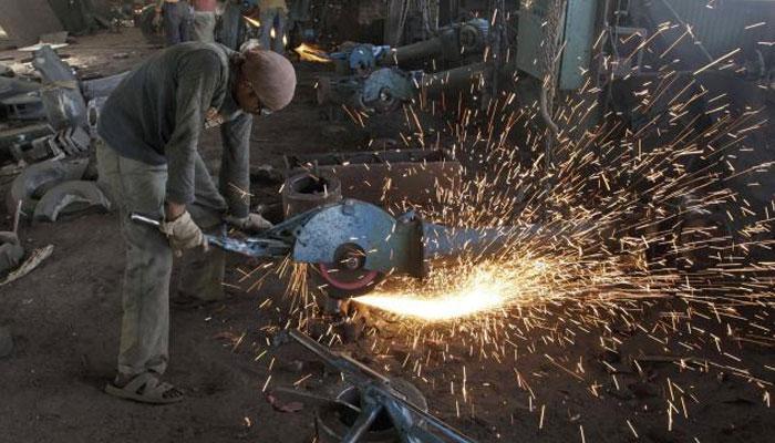 सितंबर में औद्योगिक उत्पादन की वृद्धि दर घटकर 0.7 प्रतिशत पर