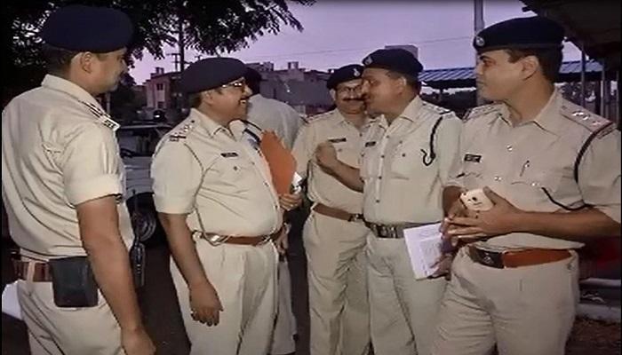 पुलिस 'पंचायत' बनेगी बुज़ुर्गों का सहारा