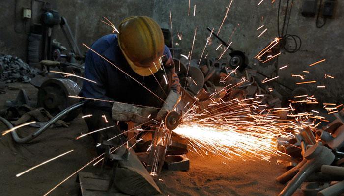 नोटबंदी के बावजूद औद्योगिक उत्पादन ने पकड़ी रफ्तार, नवंबर में बढ़कर हुई 5.7%