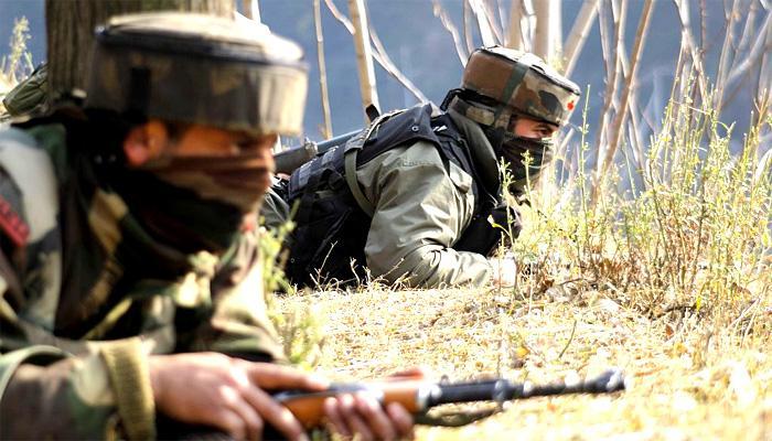 जम्मू कश्मीर के बारामूला में सुरक्षा बलों के संग मुठभेड़ में दो आतंकवादी ढेर