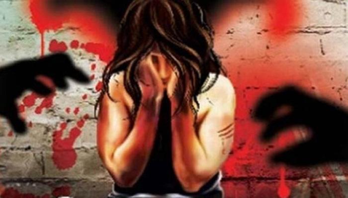 नौकरी का झांसा देकर एक समाजसेवी ने महिला से किया बलात्कार
