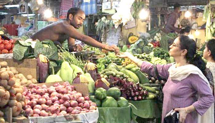 खाद्य वस्तुओं के सस्ता होने से खुदरा महंगाई दर जनवरी में घट कर 3.17 प्रतिशत