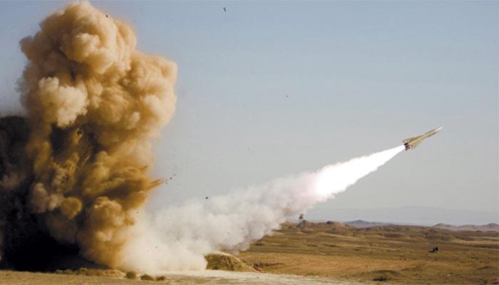 नौसेना अभ्यास के दौरान ईरान ने किया मिसाइलों का परीक्षण