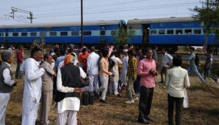 शिवराज सिंह चौहान का खुलासा- ट्रेन विस्फोट में पाइप बम का इस्तेमाल हुआ