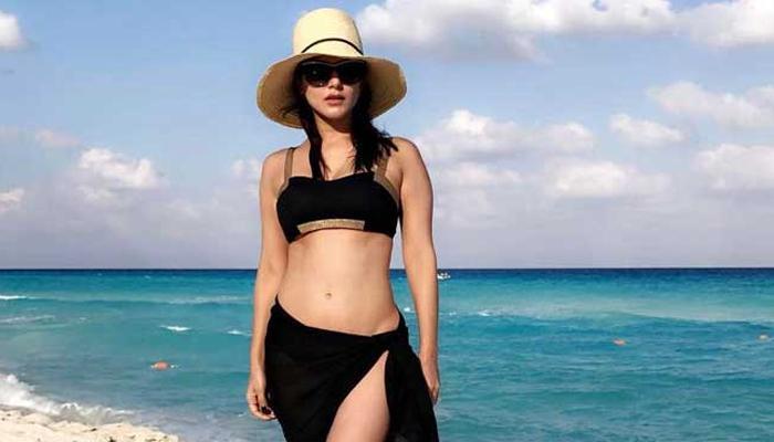 छुट्टियों पर गईं सनी लियोनी ने शेयर किया बीच पर शूट किया वीडियो