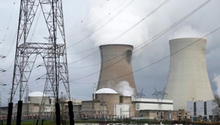 वैश्विक परमाणु दिग्गजों का पतन भारत के लिए सुनहरा अवसर!