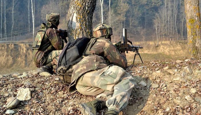 जम्मू-कश्मीर में घुसपैठ की कोशिश नाकाम, चार आतंकवादियों को सेना ने मार गिराया