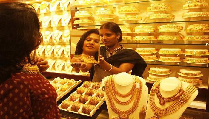 भारत में सोने की मांग Q1 में 15% बढ़ी, दुनियाभर में 18% की गिरावट