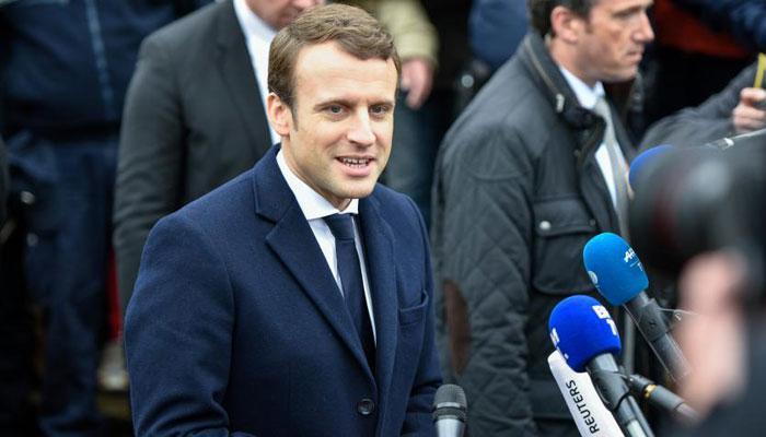 यूरोपीय संघ समर्थक इमैन्युएल मैक्रॉन बने फ्रांस के सबसे युवा राष्ट्रपति
