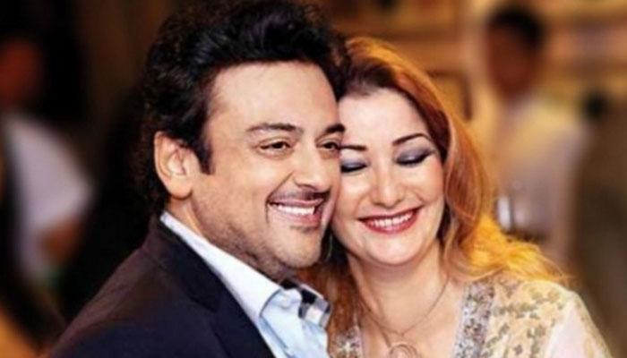 अदनान सामी के घर आई नन्ही परी 'मेदीना सामी', ट्विटर पर प्रशंसकों संग बांटी खुशी