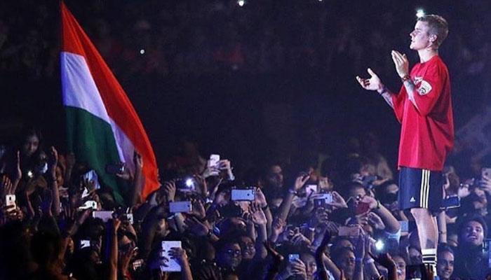 बीबर का मुंबई में धमाकेदार परफॉर्मेंस, लोकप्रिय गीतों पर झूमे लोग, watch video