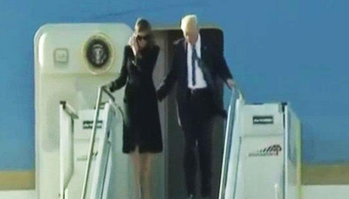 VIDEO : एक बार फिर मेलानिया ने 'बेरहमी' से झटक दिया अमेरिका के राष्ट्रपति डोनाल्ड ट्रंप का हाथ