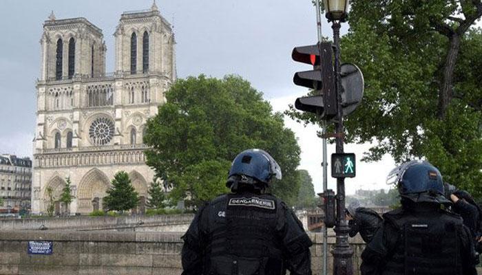 फ्रांस नोत्रेदेम हमला: हमलावर के अपार्टमेंट से मिला वीडियो, आईएस के लिए निष्ठा की खाई थी कमस