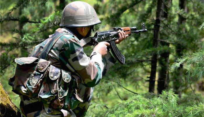 कश्मीर में मुठभेड़, सेना ने दो आतंकियों को मार गिराया