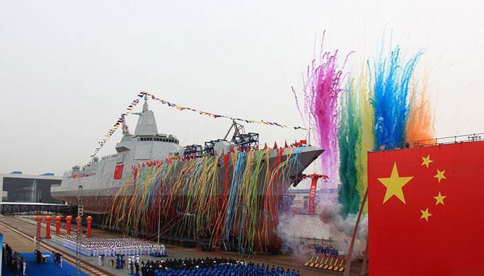 चीनी नौसेना ने समंदर में उतारा सबसे घातक जहाज, एंटी मिसाइल और सब्मरीन हथियारों से लैस