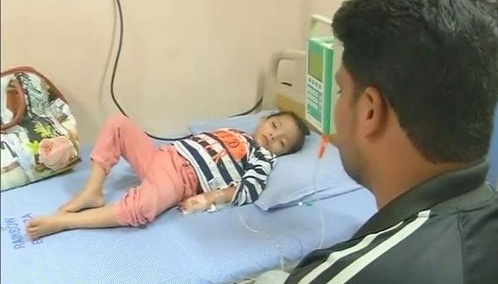 जब भी यह तीन साल की बच्ची रोती है तो आंसू की जगह बहता है खून, डॉक्टर्स भी हैं परेशान