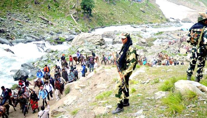 अमरनाथ यात्रियों पर हमला: सत्तारुढ़ पीडीपी के पुलवामा विधायक का ड्राइवर हिरासत में