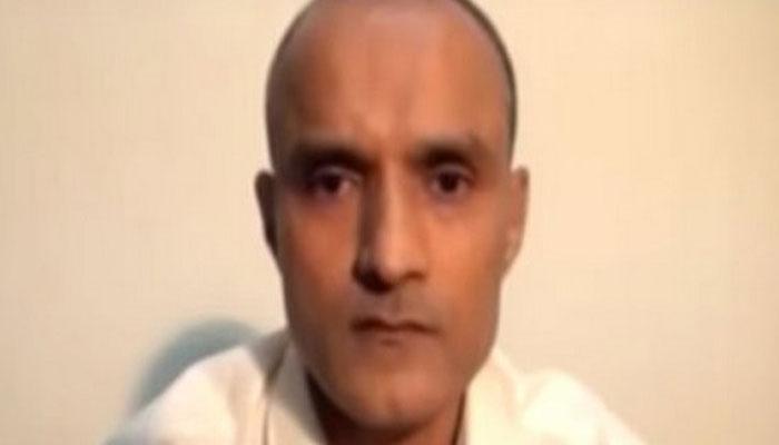 'जाधव की याचिका का विश्लेषण कर रहे हैं पाक सेना प्रमुख, गुण-दोष के आधार पर करेंगे फैसला'