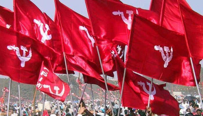 माकपा के एक नेता ने कहा, 'भाजपा को रोकने के नाम पर पार्टी पगला गई है'
