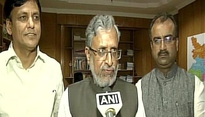 भाजपा ने किया नीतीश को समर्थन का ऐलान, कहा- बिहार में मध्यावधि चुनाव नहीं चाहते