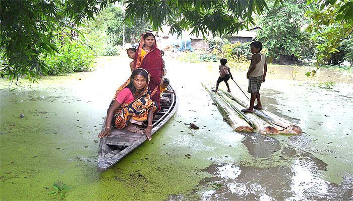 प्रधानमंत्री ने पूर्वोत्तर में बाढ़ राहत के लिये 2350 करोड़ रुपये के पैकेज की घोषणा की
