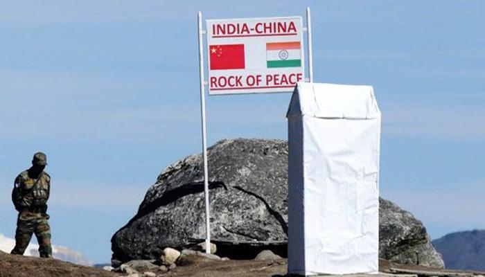 चीन ने भारत से कहा, 'बिना किसी शर्त के' हटाओ डोकलाम से अपनी सेना