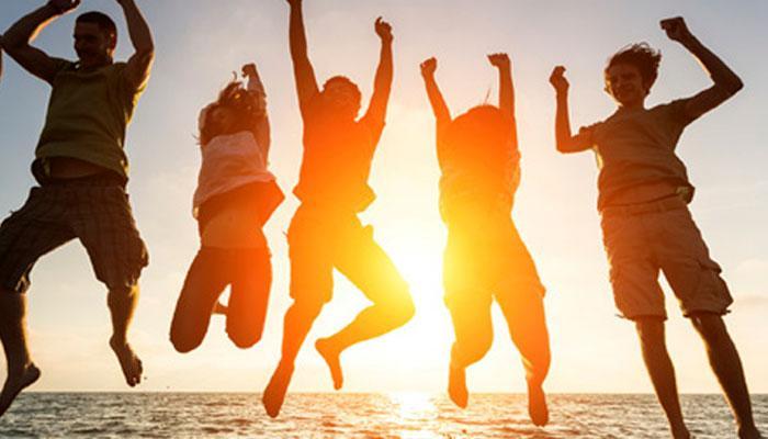 'FriendShip Day' पर इन गानों से करें अपने दोस्तों को याद- 'ये दोस्ती तेरे दम से है...'