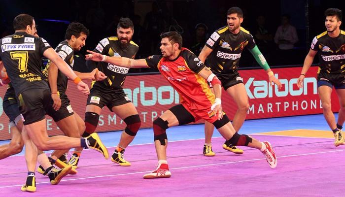 प्रो कबड्डी लीग: बेंगलुरु बुल्स, तेलुगू टाइटंस के बीच मैच 21-21 से ड्रॉ