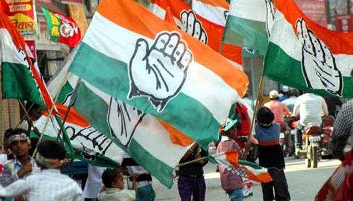 कांग्रेस ने गुजरात के 14 बागी विधायकों को पार्टी से निष्काषित किया