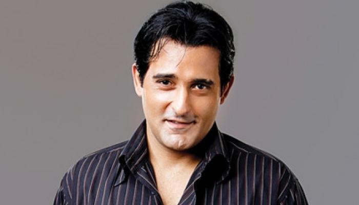 अक्षय खन्ना ने कहा- 'सौभाग्य से हर तरह की फिल्में करने को मिलीं'