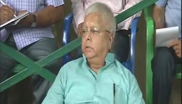 भागलपुर एनजीओ घोटाला: लालू ने की CBI जांच और सुशील मोदी को बर्खास्त करने की मांग की