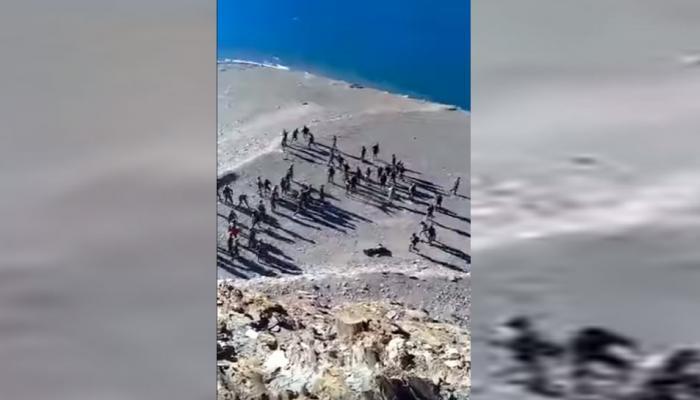 लद्दाख में चीन की चालबाजी का VIDEO, भारतीय सेना पर की पत्थरबाजी
