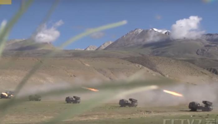 डोकलाम विवाद पर भारत से जारी तनाव के बीच चीन ने किया युद्धाभ्यास