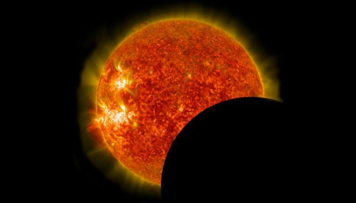 दुनिया के किसी भी कोने में हो, यहां देखें ऑनलाइन सूर्य ग्रहण
