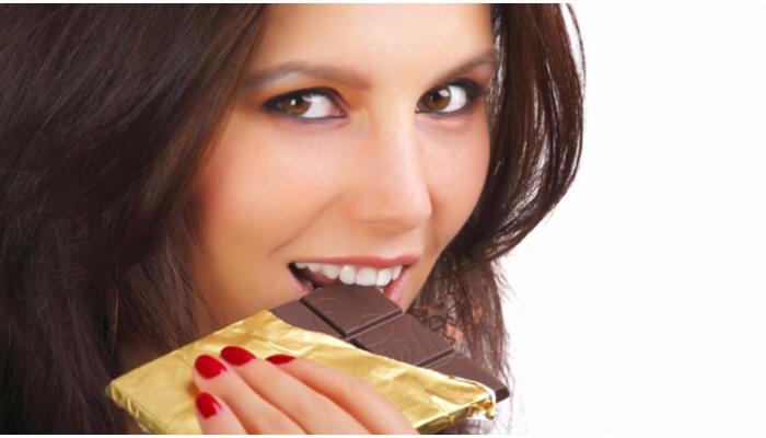 पेट और आंत के रोग में काफी फायदेमंद होती है चॉकलेट