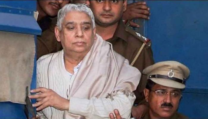 सतलोक आश्रम प्रमुख रामपाल के खिलाफ दो मामलों में आज आ सकता है फैसला