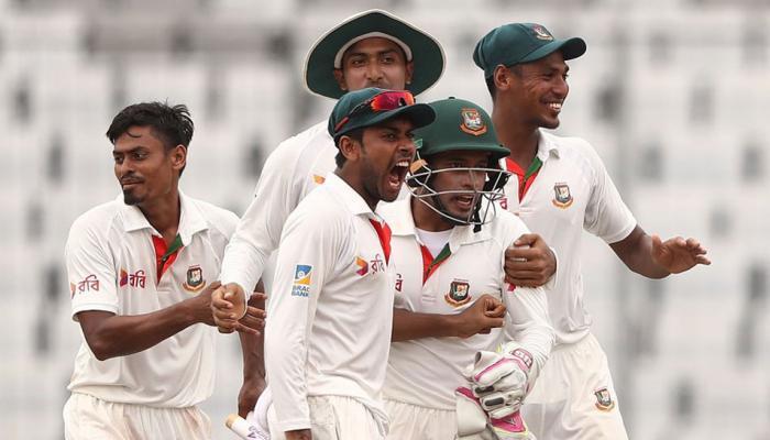 बांग्लादेश से हार के बाद ऑस्ट्रेलियाई मीडिया ने टीम को लताड़ा, लिखा- हमारे बल्लेबाजों को धूल से एलर्जी है