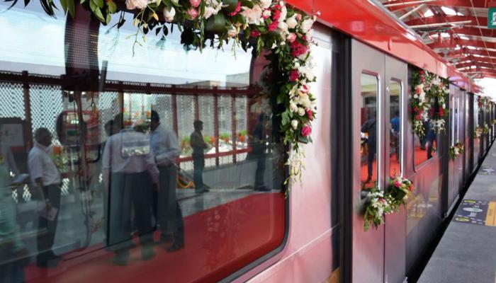 लखनऊ मेट्रो : सीएम योगी और राजनाथ सिंह ने हरी झंडी दिखाई, कल से आम लोग कर सकेंगे सफर
