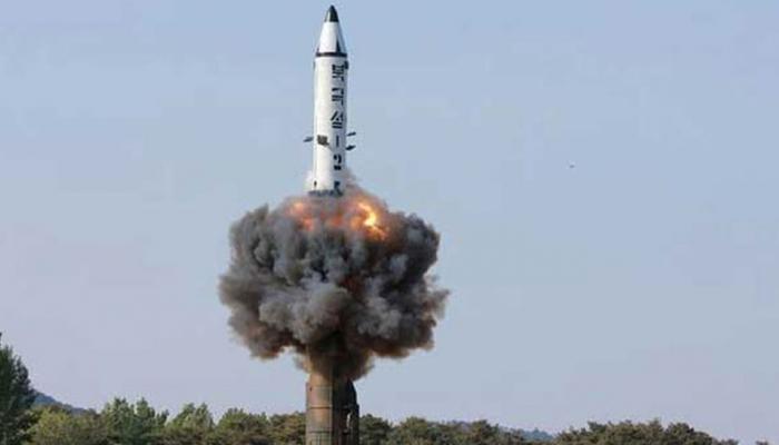उत्तर कोरिया मिसाइल टेस्ट पर बिफरे डोनाल्ड ट्रंप, कहा- अपने नागरिकों की रक्षा के लिए मजबूत विकल्प मौजूद