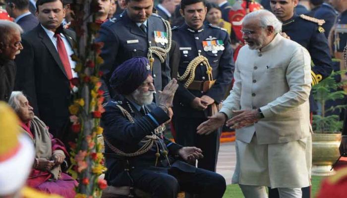 PM ने ट्विटर पर साझा किया IAF मार्शल अर्जन सिंह से जुड़ा वह यादगार लम्हा...