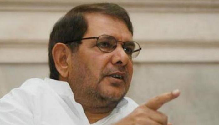 शरद यादव ने राज्यसभा के सभापति को सौंपा 400 पन्नों का जवाब