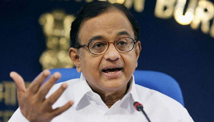 चिदंबरम का सवाल- यदि जयंत सिन्हा सही हैं तो GDP में तेज गिरावट क्यों आई?