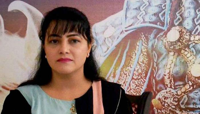 राम रहीम की मुंहबोली बेटी हनीप्रीत ने पंचकूला में किया सरेंडर