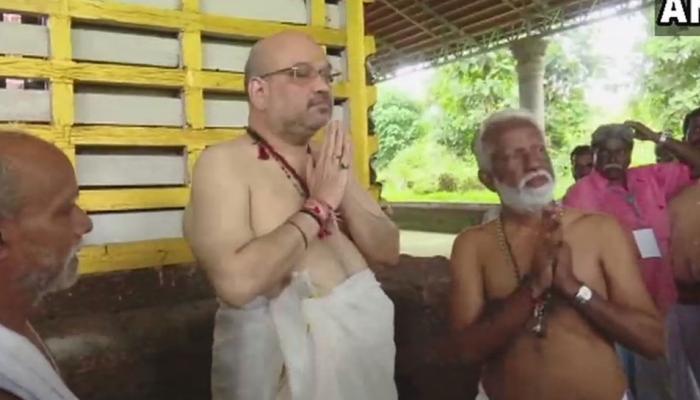 बीजेपी अध्यक्ष अमित शाह ने कन्नूर के राजराजेश्वर मंदिर में पूजा-अर्चना की