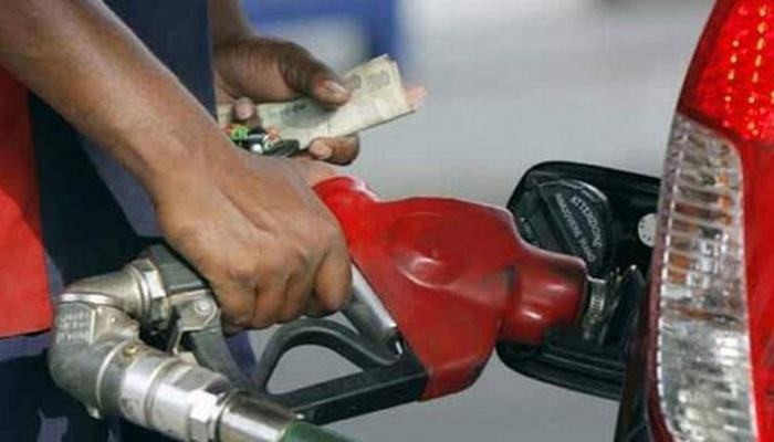 गुजरात के बाद महाराष्ट्र में भी पेट्रोल-डीजल हुआ सस्ता, कीमतें आधी रात से लागू