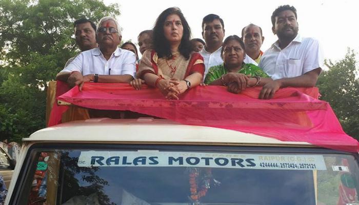 बीजेपी नेता के तल्ख बोल, कार्यकर्ताओं पर हमले नहीं रुके तो घर में घुसकर आंखें निकाल लेंगे