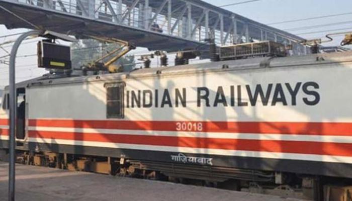 रेलवे ने ट्विटर पर ही फाइनल कर दी डील, आप भी हो जाओगे हैरान