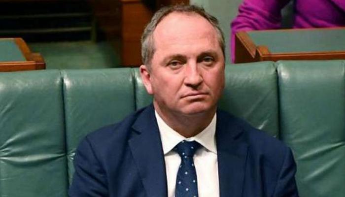 ऑस्ट्रेलिया : उप प्रधानमंत्री बार्नबाय जॉयस अयोग्य करार, दोहरी नागरिकता का था आरोप