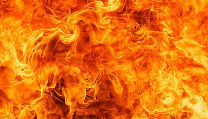 अमेरिका: इमारत में लगी आग में नाबालिग भाई-बहन की मौत, पिता जख्मी
