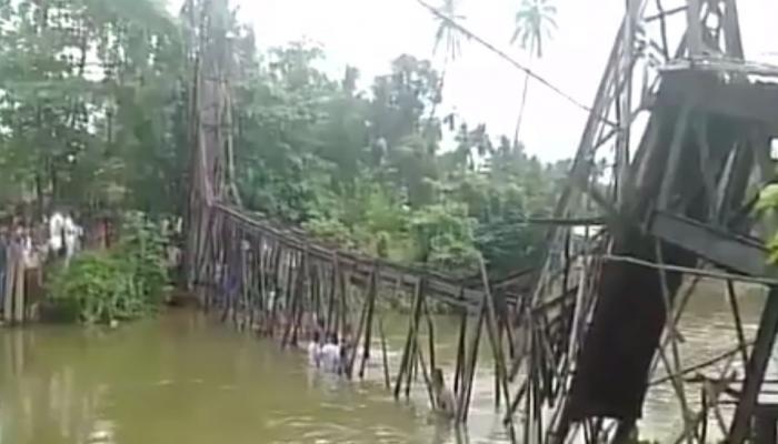 VIDEO: केरल में फुटओवर ब्रिज गिरा, महिला की मौत, 57 लोग घायल